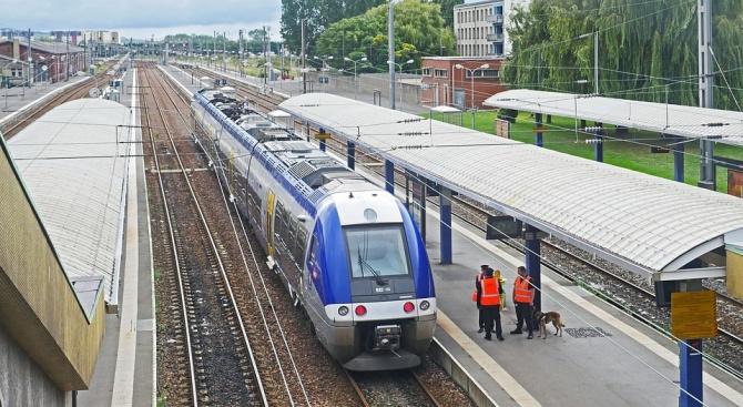 Високоскоростните влакове между Франция и Барселона бяха спрени, след като