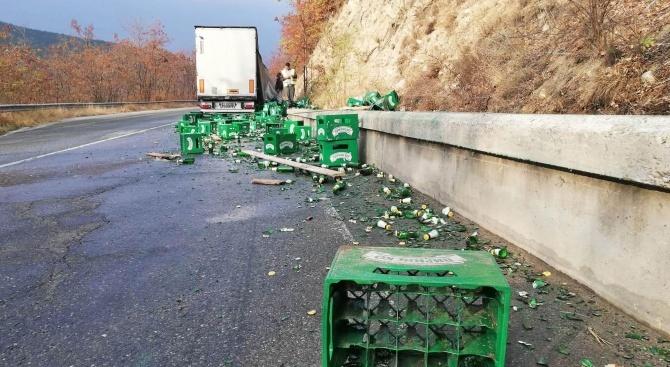 Два инцидента се случиха рано тази сутрин в Благоевградско –