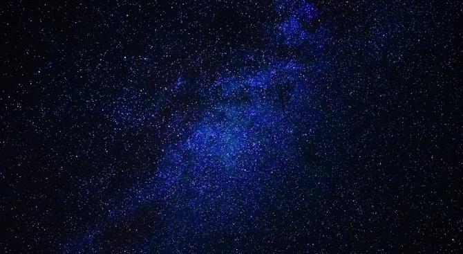 Астрономи откриха масивна галактика в ранната Вселена