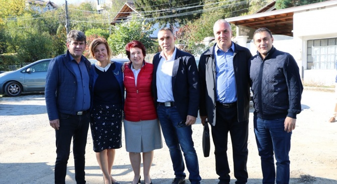 Вяра Церовска: Продължаваме промяната на Перник с реализиране на проекта за републиканския път Драгичево- Рударци- Кладница