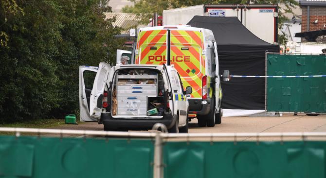 Британската полиция обискира обекти в Северна Ирландия във връзка с