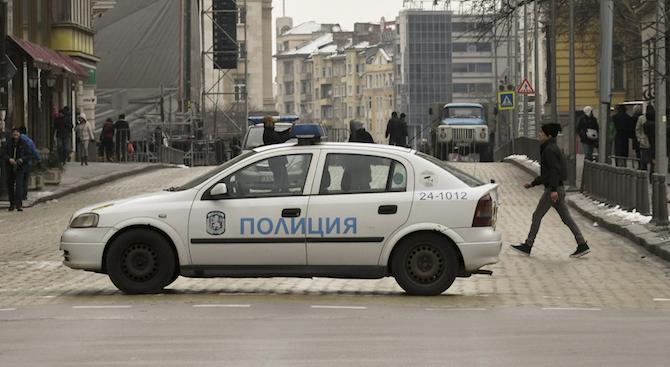 Въвеждат се временни забрани на престоя и паркирането на автомобили