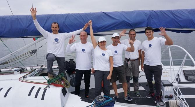 Ветроходци отплаваха от Варна за поставяне на рекорд