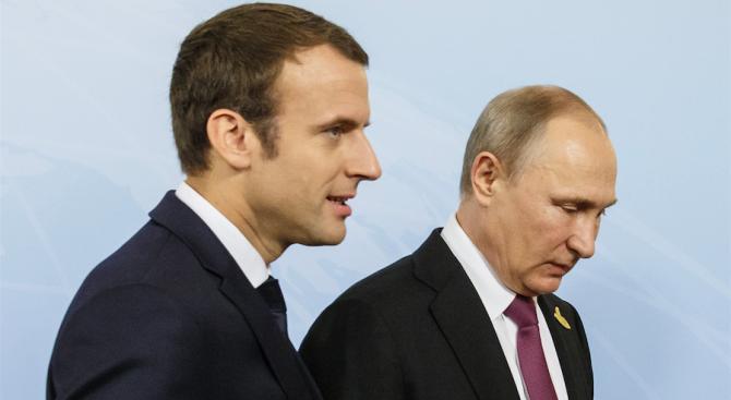 Руският президент Владимир Путин и френският му колега Еманюел Макрон