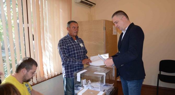 Гласувах за развитието на Варна! Това заяви Иван Портних, след