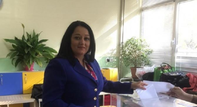 """Лиляна Павлова също гласува в София. """"Гласувах за да продължи"""