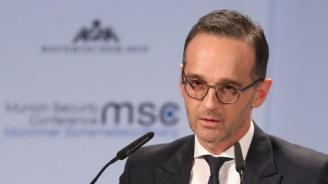 Турската офанзива в Сирия не отговаря на международното право, според германския външен министър