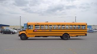 Хванаха пиян шофьор на училищен автобус преди да потегли на екскурзия