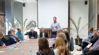 """КТ """"Подкрепа"""" към Димитър Николов: Никой друг кмет не е правил толкова много за образованието в Бургас"""