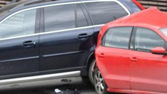 Верижна катастрофа с 8 коли на Аспаруховия мост във Варна