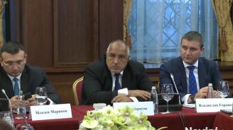 Борисов: Кой прави дизайните на ''Мерцедес''? Българите го правят!