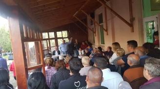 Кандидатът за кмет на община Средец Иван Жабов представи програмата си пред жители на селата Драчево и Дебелт