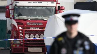 Официално: Камионът с труповете в Есекс е с българска регистрация