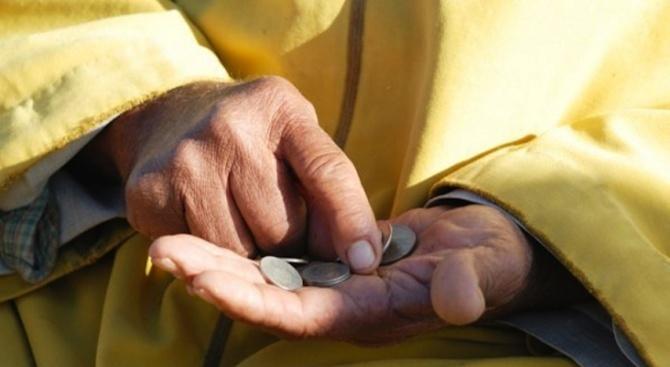 Увеличение с 10% на заплатите в бюджетния сектор и ръст на пенсиите с 6,7% се очаква през 2020 г.