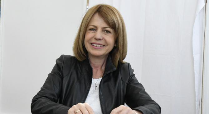 Фандъкова: Манолова забрави, че изборите са за кмет и не дава решения