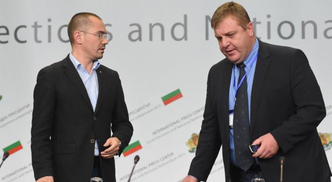 Каракачанов и Джамбазки с остри позиции срещу Макрон