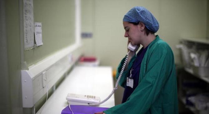 Експерт: Някои от общинските болници се поддържат изкуствено само поради политически причини