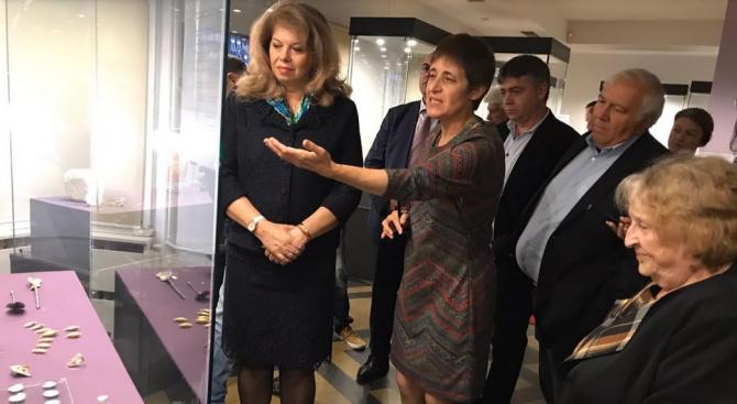 """""""Учените на България, чрез силата на знанието и науката преведоха"""