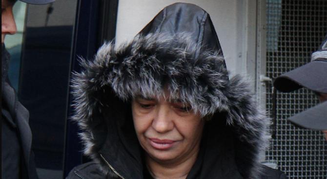 Анита Мейзер се покри след затвора