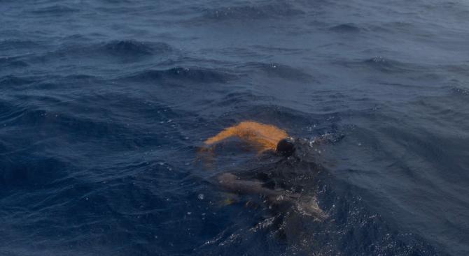 Петима мигранти бяха намерени мъртви в морето край испанския остров Лансароте