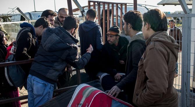 МВР: Около 400 нелегални имигранти са задържани на границата ни с Гърция и Турция от началото на 2019 г.