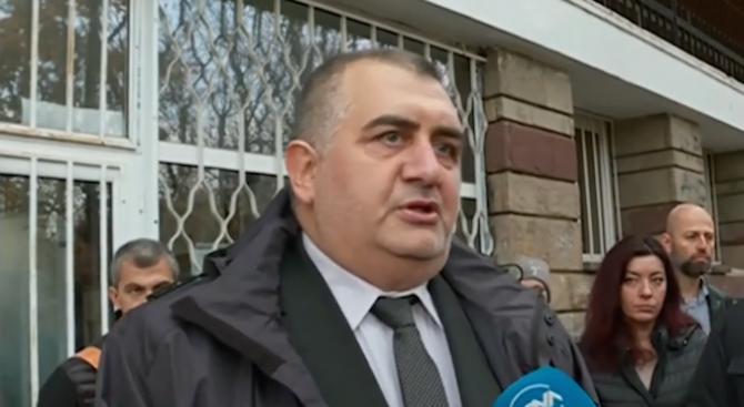 Баща се бори децата му да останат в България и да не заминат за Норвегия