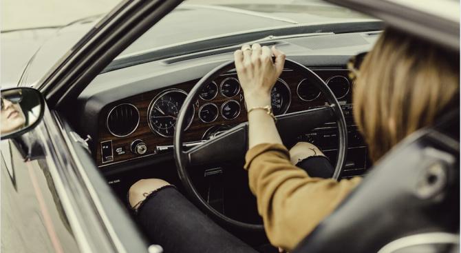 Жените не само са по-добри шофьори от мъжете, но са