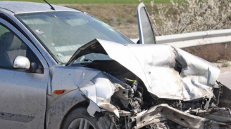 Един е ранен при катастрофа на пътя София – Кюстендил