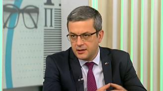 Тома Биков: Очевидно единствените честни избори бяха в Русе, Перник и Разград