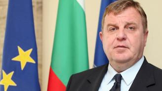 Каракачанов: На мен също ми е важен Макрон, но по-важно ми е достойнството на българския народ