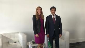Ангелкова се срещна с председателя на борда на директорите на Саудитската комисия по туризъм и национално наследство Ахмед Ал-Хатииб