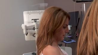 Журналистка разбра по време на живо излъчване, че има рак на гърдата