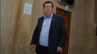 """Съдът в Бургас потвърди мярката """"парична гаранция"""" на Бенчо Бенчев"""