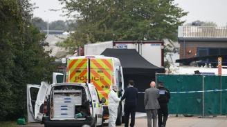 Британската полиция идентифицира жертвите от камиона-ковчег