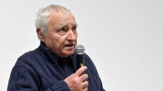 """Светлозар Игов е носителят на награда """"Перото"""" за цялостен принос"""