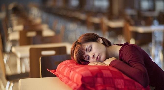 Вижте какви рискове крие недоспиването