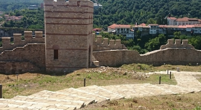 Средновековна сграда, която вероятно е била синагога е разкрита при