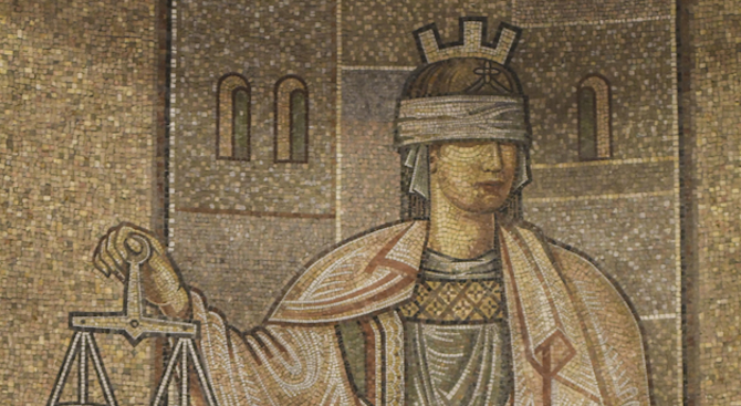 Прокуратурата подхвана братоубийството в Троян