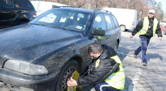 Над 400 коли на ден се блокират със скоба в