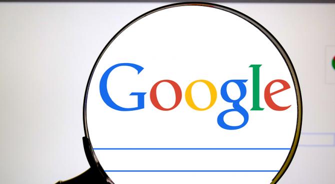 Google, чиято компания майка е Алфабет, си партнира с компания