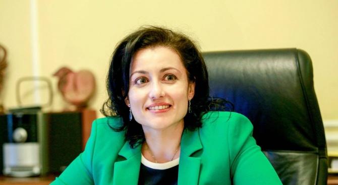 Изслушват земеделския министър в парламента