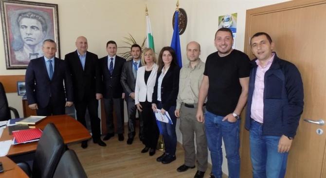 Изпълнителният директор на SELEC Снежана Малеева лично връчи грамотите на