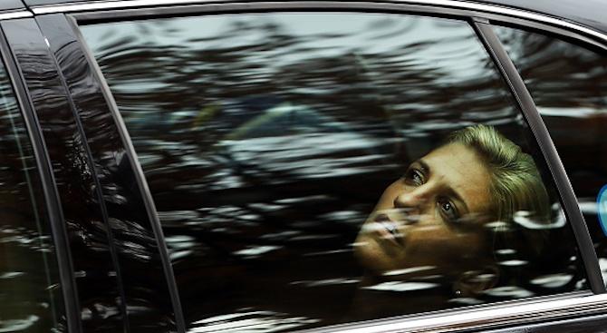 Мигрант примамва жени в такси в Брюксел и ги изнасилва