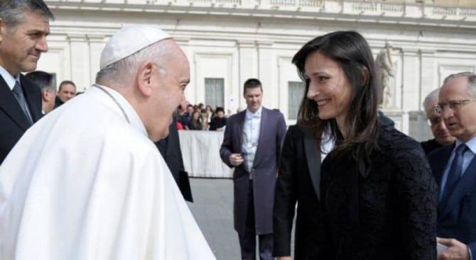 Евродепутатът от ЕНП/ГЕРБ Мария Габриел пристигна във Ватикана вчера. Това