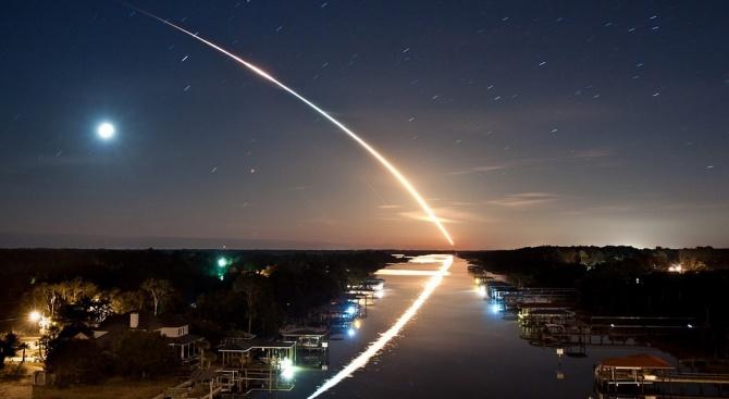 Метеор с тегло близо 100 килограма прелетя над американския щат