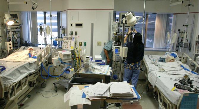 Деликатна хирургична операция в болница в Лион позволи да бъдат