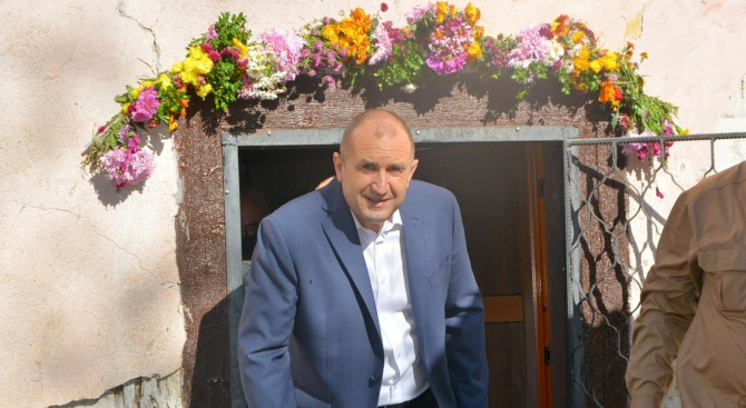 Президентът Румен Радев ще посети Света гора