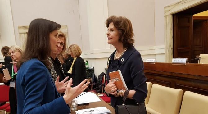 Еврокомисарят Мария Габриел имаше среща с шведската кралица Силвия, която
