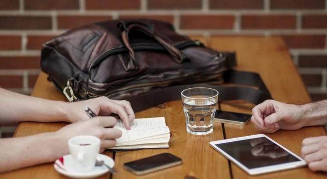 Кафето на диалога изпиха областният управител Никола Чанев и кметовете