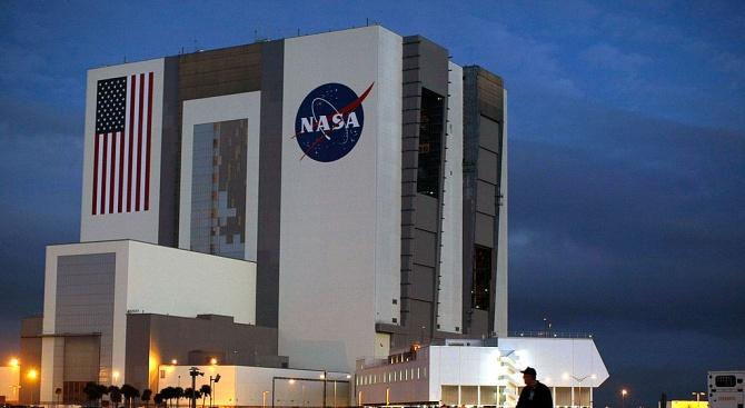 """НАСА е изправена пред """"значителни технически предизвикателства"""""""